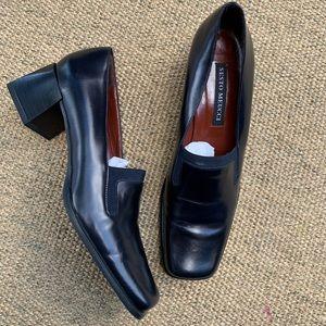 [Sesto Meucci]• Leather square toe block heels